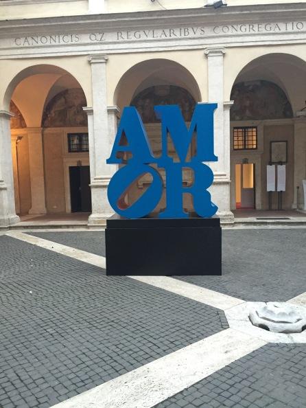 mor, 1998-2006 Alluminio policromo (blu e rosso) 182,3x182,3x92 cm Courtesy Collezione Privata